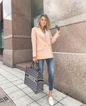 hello fashion,blogger,jacket,tank top,bag,sunglasses
