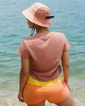 hat,shorts