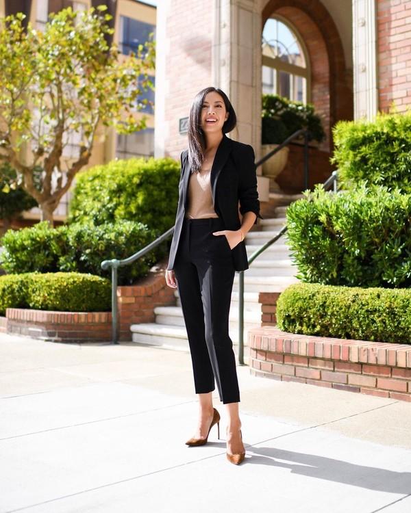 jacket black blazer black pants pumps top