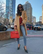 jeans,skinny jeans,cropped jeans,celine,pumps,shoulder bag,beige coat,knitted sweater
