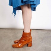 shoes,ankle boots,tan,chunky heels,vegan leather,round toe,official style