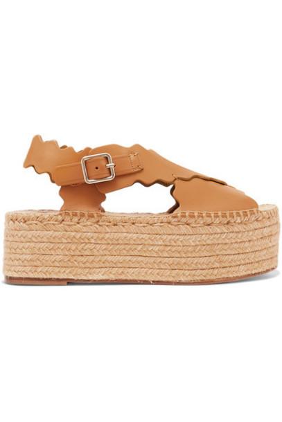 Chloé Chloé - Lauren Scalloped Leather Espadrille Platform Sandals - Camel