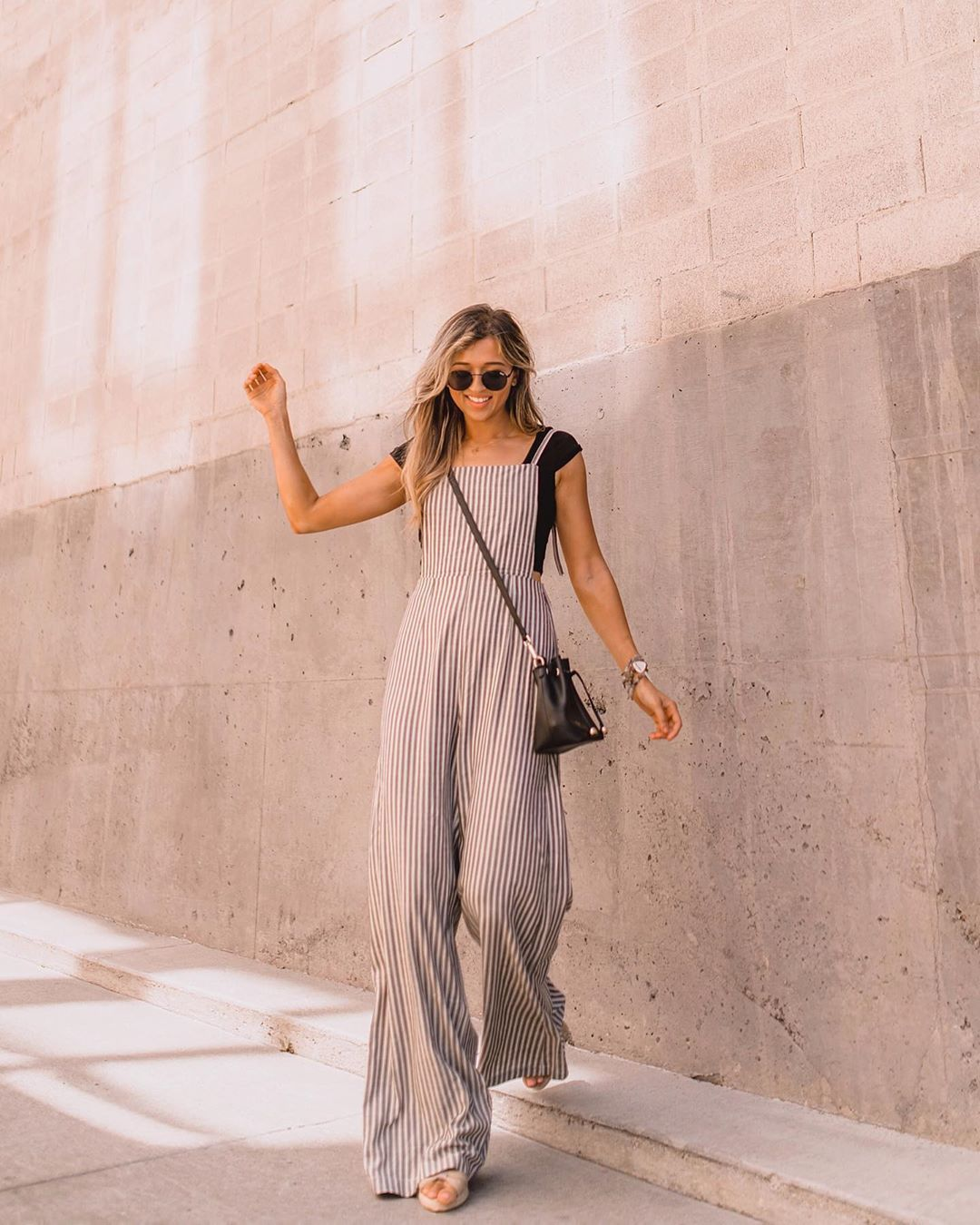 jumpsuit sleeveless stripes black bag black t-shirt sandals