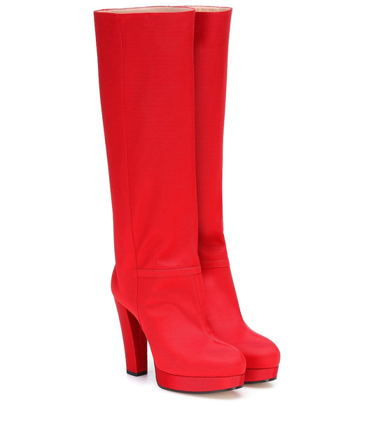 Gucci Ribbed platform knee-high boots in red