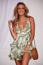 dress,leaf print,mini dress,summer,frill,casual,green mini dress,mini,casual chic
