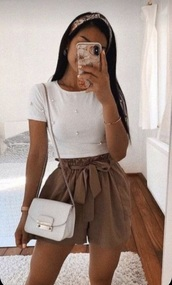 pants,brown shorts,white top,everything,whole outfit,headband