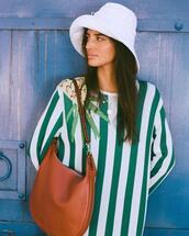 dress,bag,hat