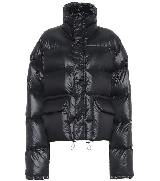 Unravel Down puffer coat in black