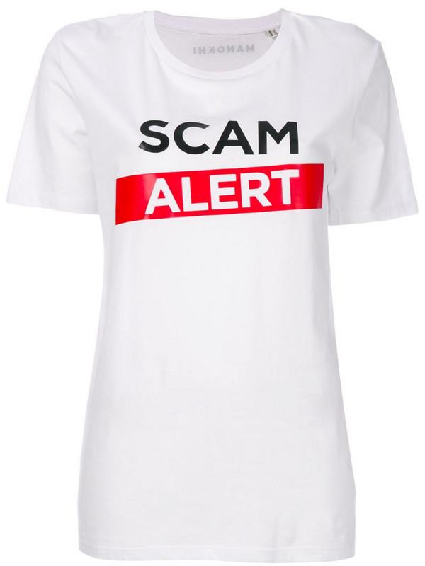 Manokhi Scam Alert T-shirt in white