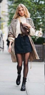 sweater,elsa hosk,model off-duty,streetstyle,fall outfits,mini skirt