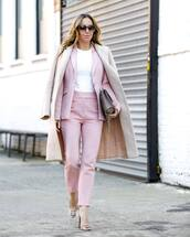 pants,high waisted pants,pink pants,skinny pants,pumps,coat,white t-shirt,bag