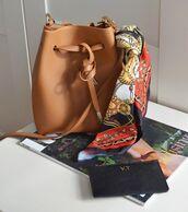 bag,brown bag