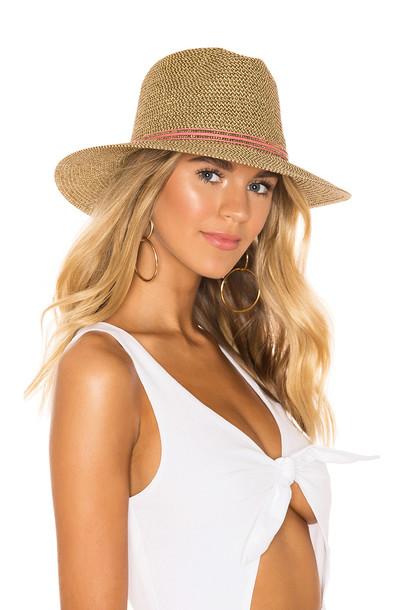 ale by alessandra Kenzie Hat in gold / metallic
