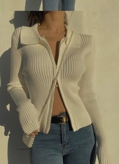 top,ribbed,white,collar,knitwear