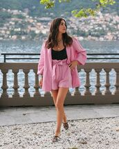 shorts,High waisted shorts,pink shorts,pink blazer,double breasted,slide shoes,chanel,black top