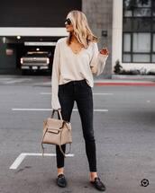 sweater,cashmere jumper,v neck,bralette,black loafers,mules,black skinny jeans,bag