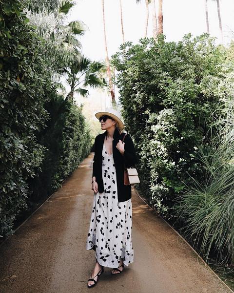 damsel in dior blogger sweater jacket dress top bag
