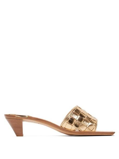 Bottega Veneta - Intrecciato Metallic Leather Mules - Womens - Gold
