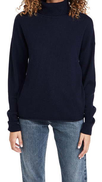 Reformation Relaxed Cashmere Turtleneck in navy