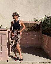 skirt,midi skirt,slit skirt,black sandals,black top,tank top,bag