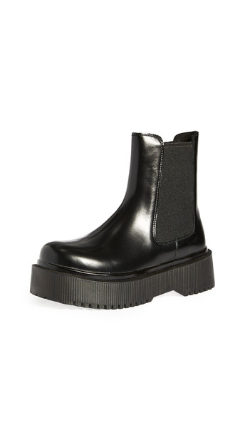 Jeffrey Campbell Destructs Platform Boots in black