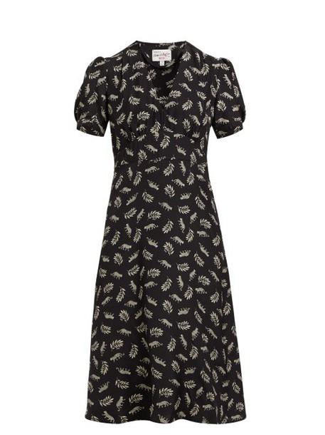 Hvn - Paula Leopard And Leaf Print Silk Midi Dress - Womens - Black