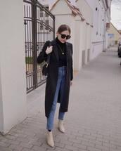coat,long coat,black coat,ankle boots,skinny jeans,high waisted jeans,black turtleneck top,black bag