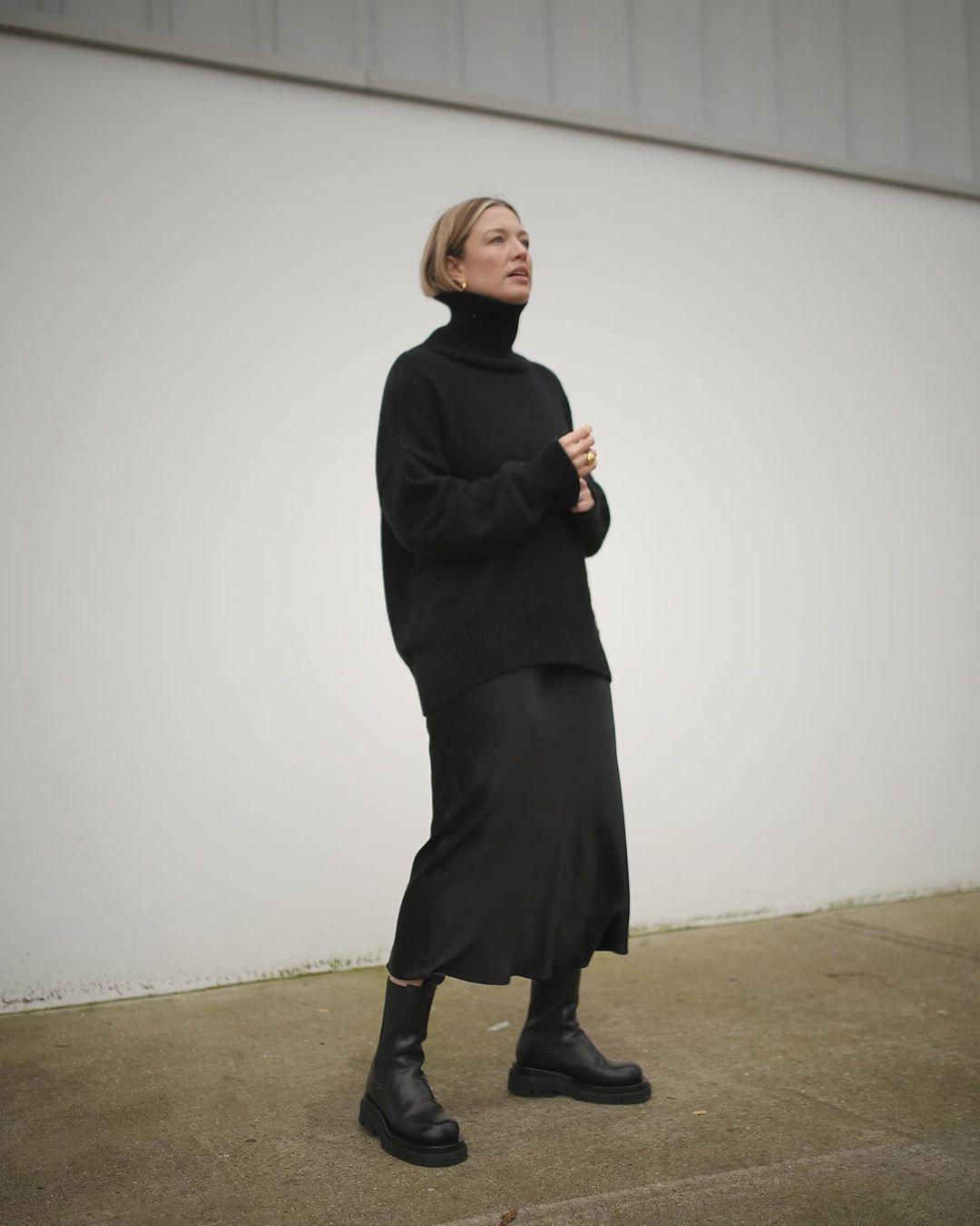 sweater turtleneck sweater black sweater black boots black skirt midi skirt