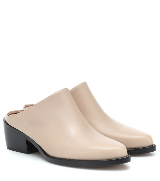Legres Leather mules in neutrals