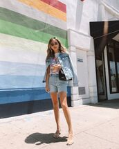 top,white t-shirt,denim shorts,denim jacket,white sandals,black bag