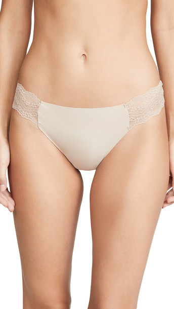 b.tempt'd by Wacoal B.Bare Thong in natural