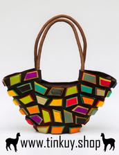 bag,felt handbag,colorful details,handmade bag,handbag made in peru,wool felt,purse handbag,handbag brown wool felt,authentic purse,unique details,handmade details,vivid colors