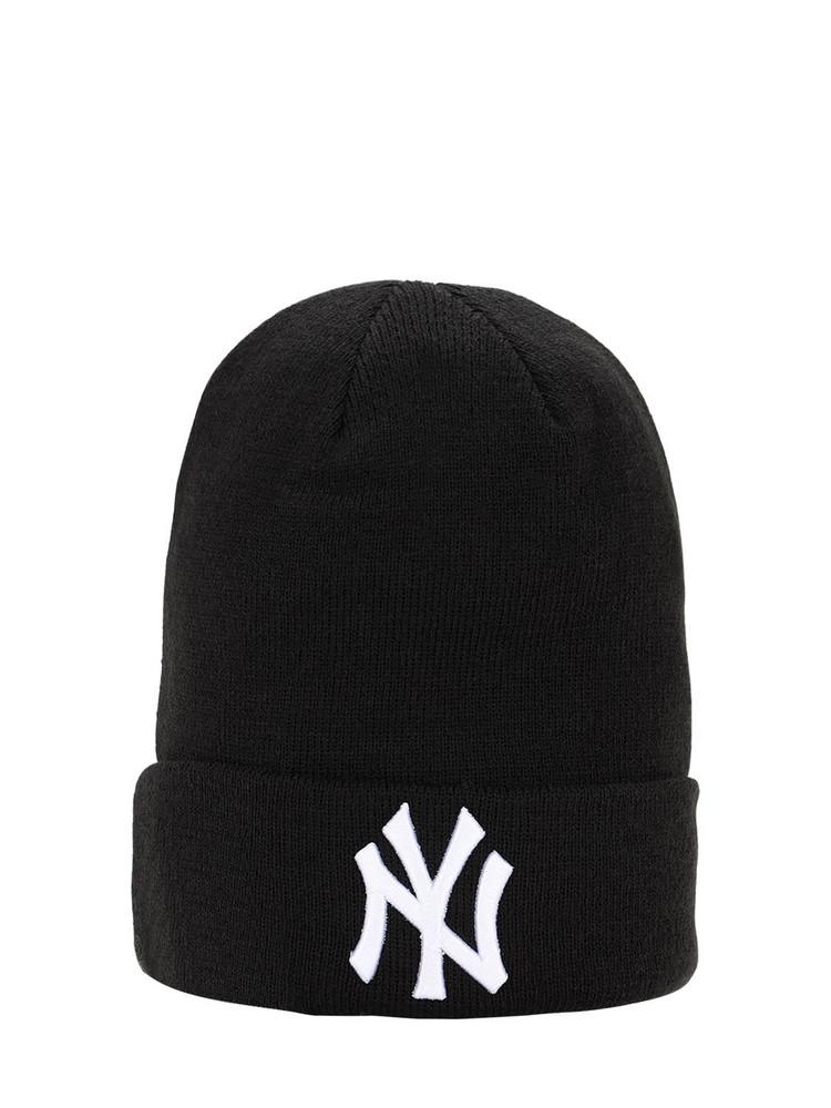 NEW ERA League Essential Cuff Knit Beanie Hat in black