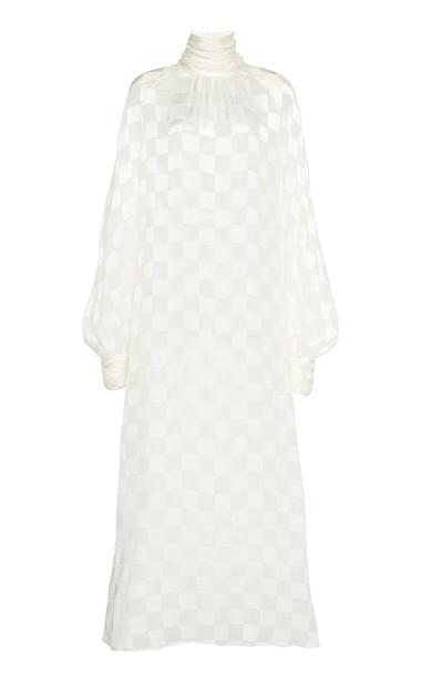 Rowen Rose Drapped Raglan Sleeved Dévoré Maxi Dress Size: 34 in white