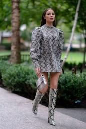 dress,snake,snake print,fall dress,fall colors,olivia culpo,blogger,boots,animal print