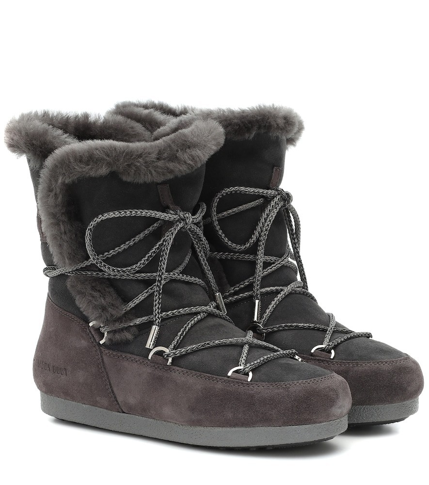 Moon Boot Far Side shearling snow boots in grey
