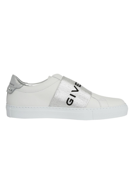 Givenchy Sneakers in white