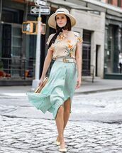 skirt,midi skirt,high waisted skirt,slit skirt,striped skirt,ballet flats,handbag,gucci belt,floral top