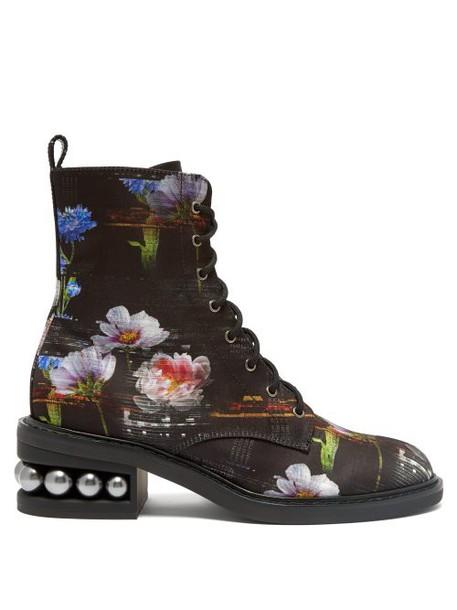 Nicholas Kirkwood - Casati Floral Print Satin Lace Up Boots - Womens - Black Multi