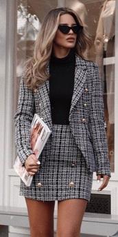 jacket,two-piece,tweed jacket,tweed skirt,stylish,style,skirt,grey,plaid,black,office outfits