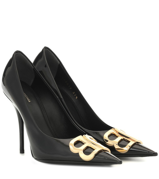 Balenciaga BB patent leather pumps in black
