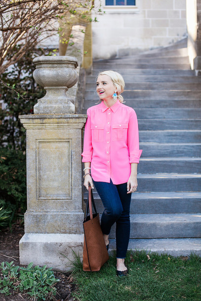 poor little it girl blogger top jeans jewels shoes bag