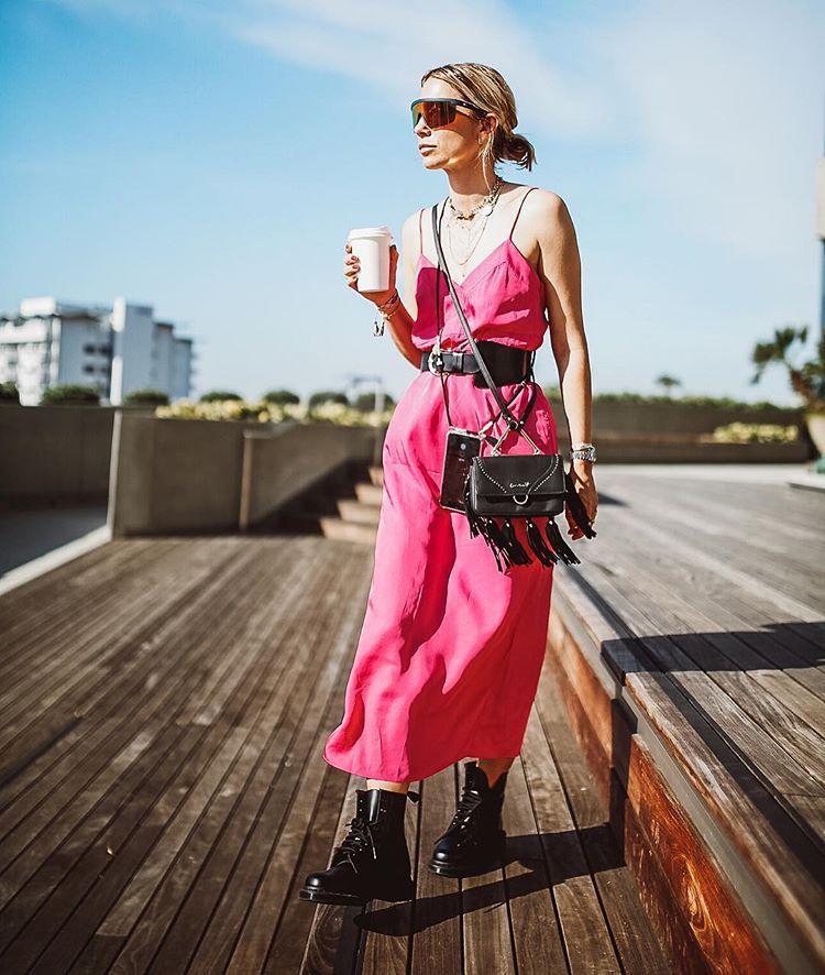 dress maxi dress pink dress sleeveless dress black boots lace up boots black belt black bag