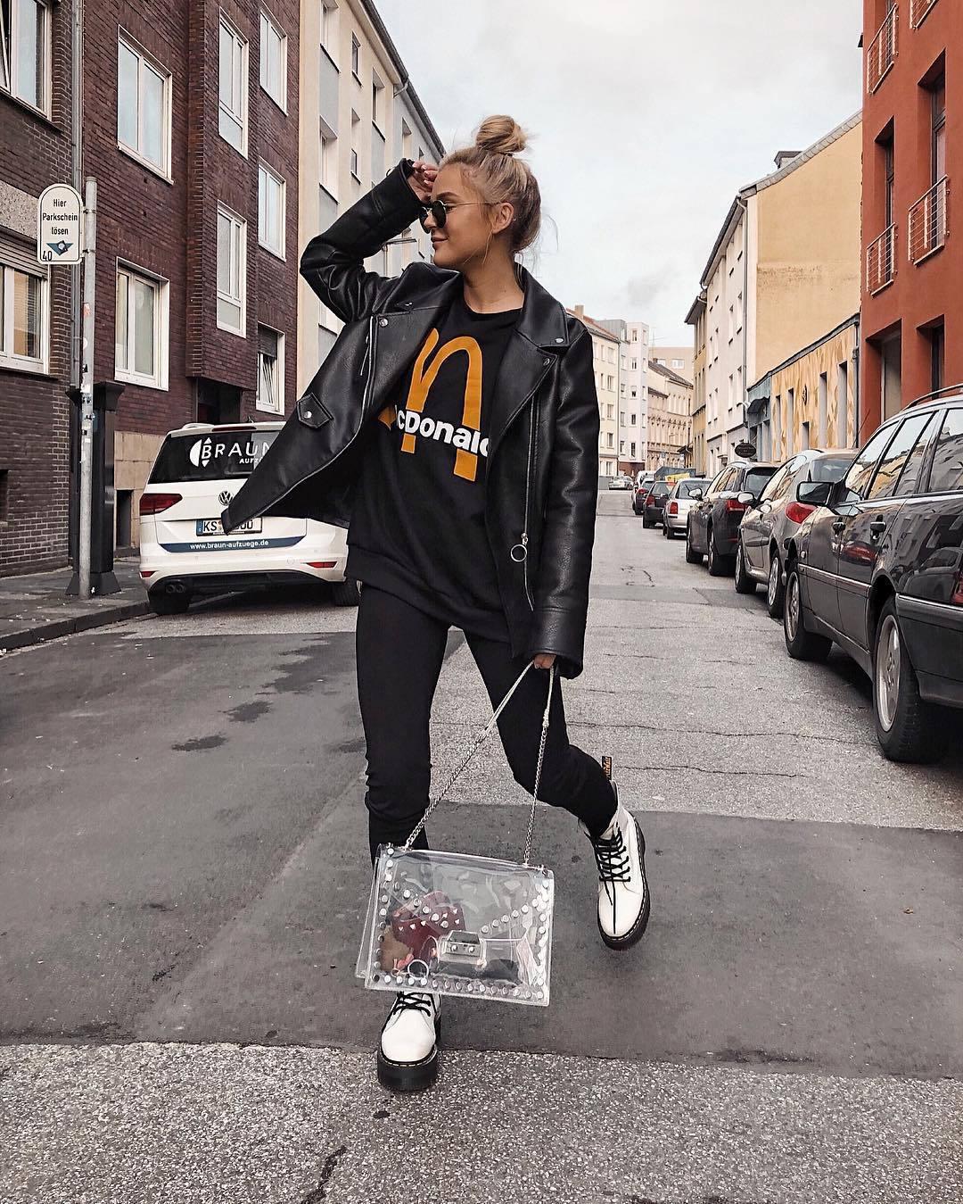 top sweatshirt unisex white boots lace up boots DrMartens black pants pvc shoulder bag black leather jacket