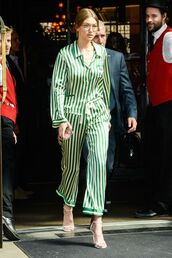 top,gigi hadid,gigi hadid style,pajamas,streetstyle,streetwear
