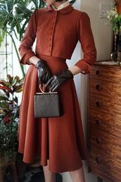 dress,vintage,40svintage,40s,fourties,tumblr,aesthetic,nike,shoes,high,heels,nike jacket