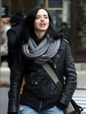 coat,women,womenfashion,womenstyle,outfit idea,celebrity style,krysten ritter,leather jacket