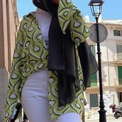 shirt,green,yellow,pattern,clothes,long sleeves,flare
