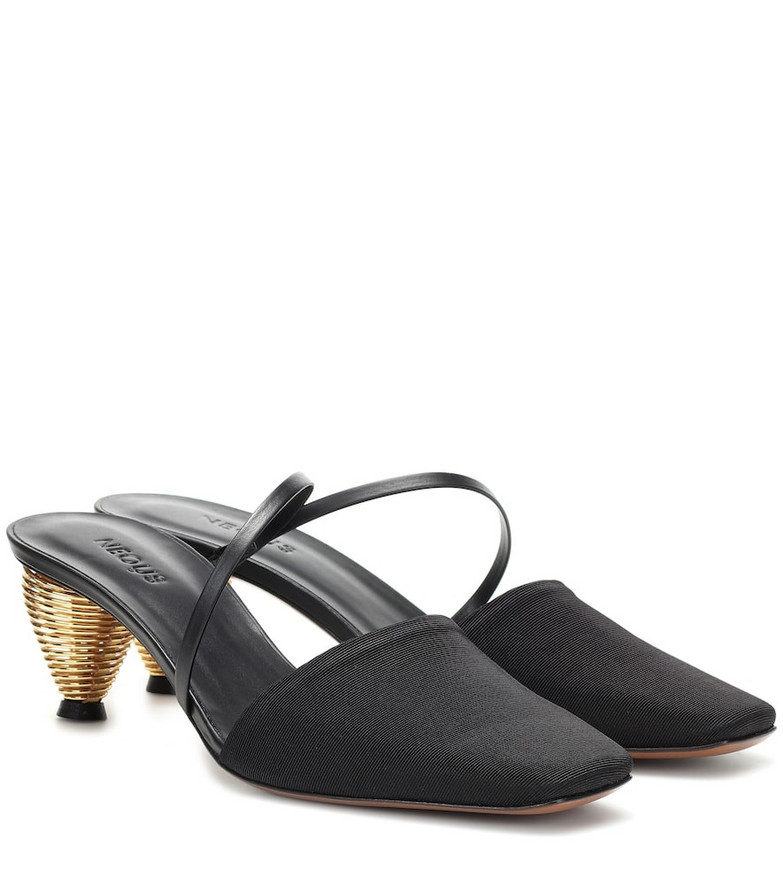 Neous Pteros mules in black