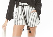 shorts,forever 21,stripes,black and white,black,white,tassel